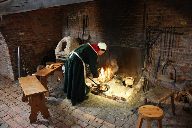 Cooking, medieval style, at the Gainsborough Old Hall medieval kitchen (Richard Croft)