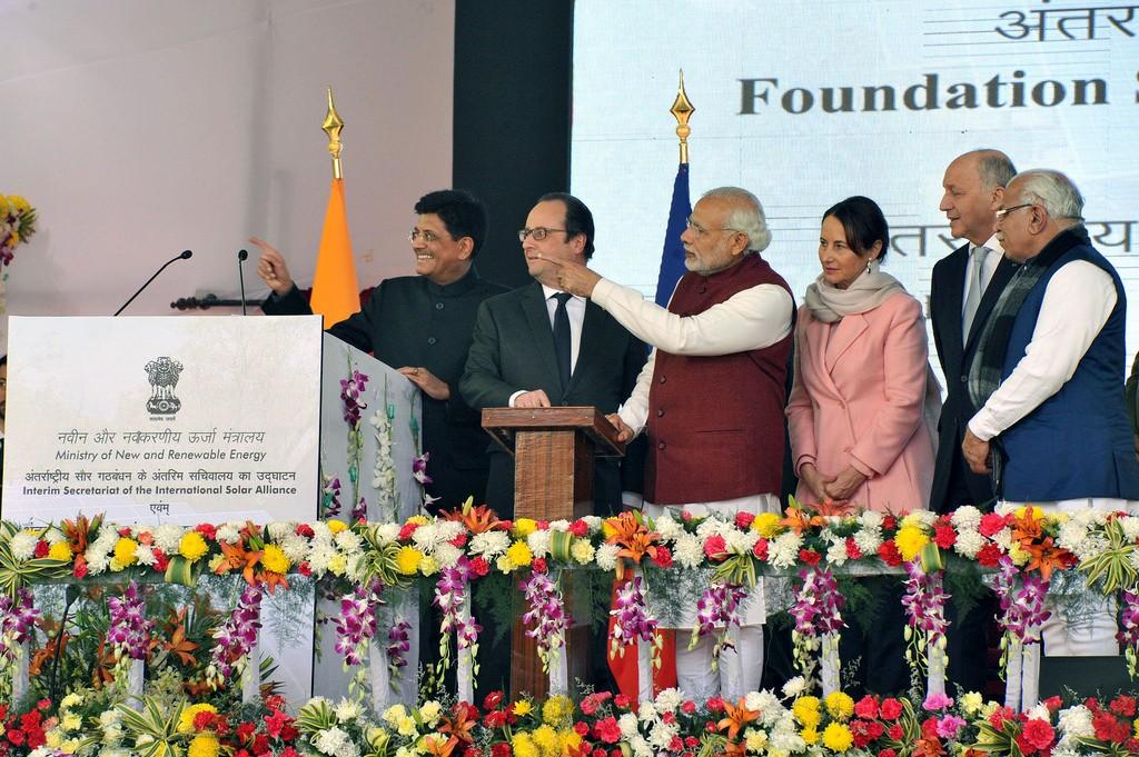 India's PM and the French President inaugurate the ISA Secretaria. Photo: Narendra Modi